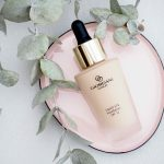 Uusi meikkivoidesuosikki: Oriflame Giordani Gold Liquid Silk Foundation SPF 12