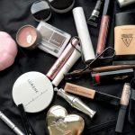 Kokeiletko rohkeasti uusia meikkejä vai turvaudutko tuttuihin tuotteisiin?