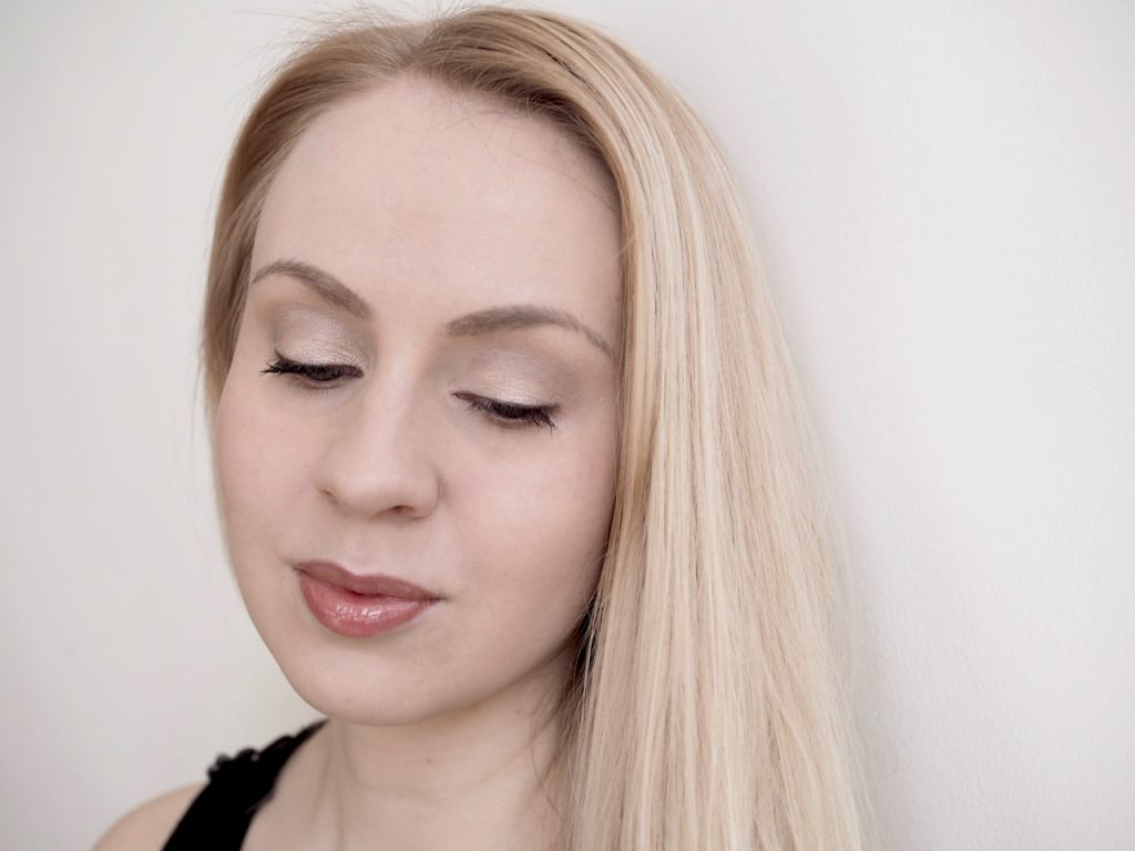 Fenty Beauty Gloss Bomb Universal Lip Luminizer Ostolakossa Virve Vee huulikiilto kokemuksia