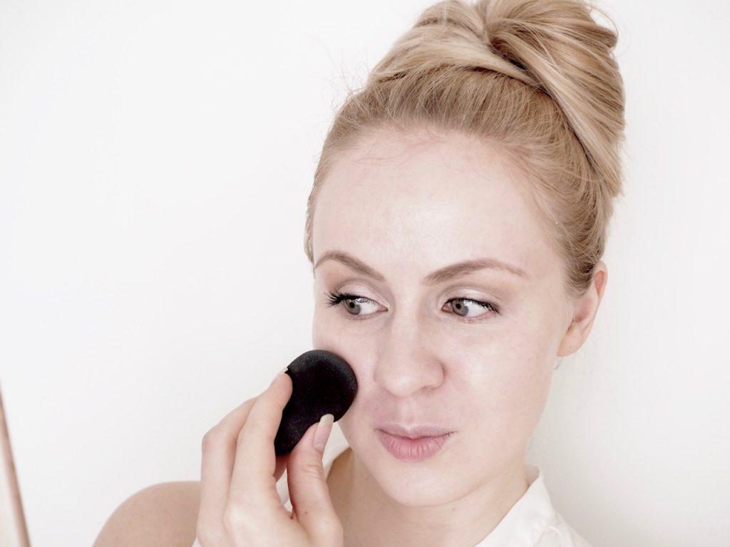 LH Cosmetics The Sponge