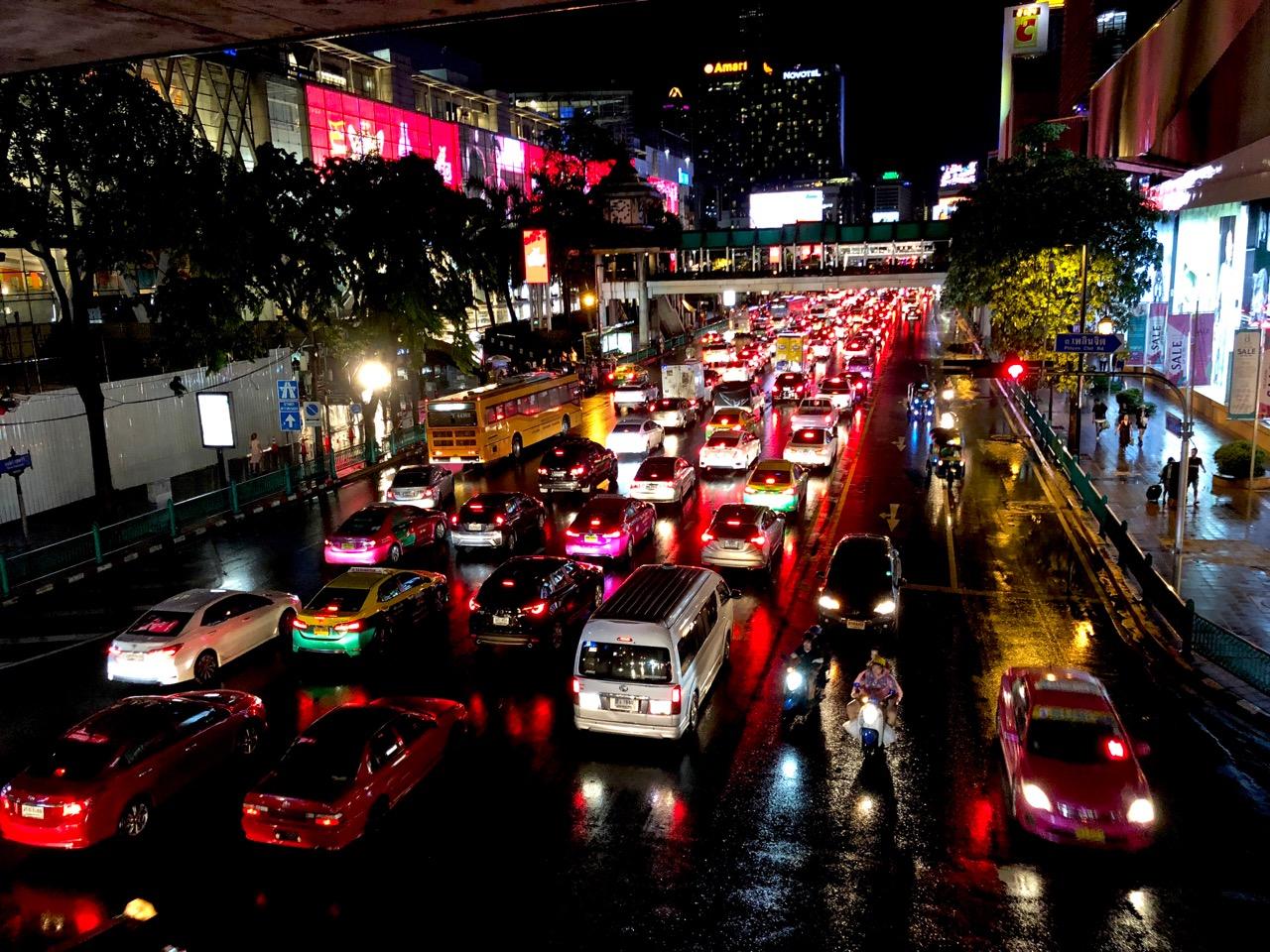 Ostolakossa Bangkok Tukholma