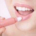 Clarins Instant Light Natural Lip Perfector -huulivoiteet