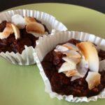 Suklaa-banaani-kookosmuffinssit (paleo)