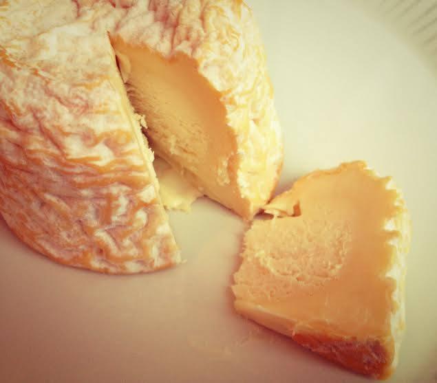 shamppanja-juusto
