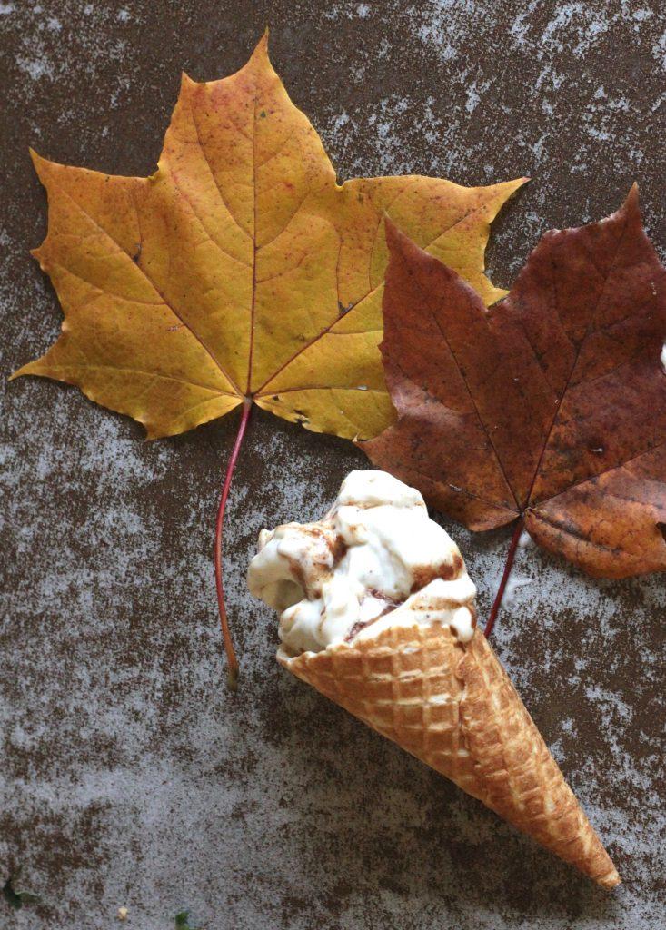 Gluteeniton korvapuusti jäätelön muodossa