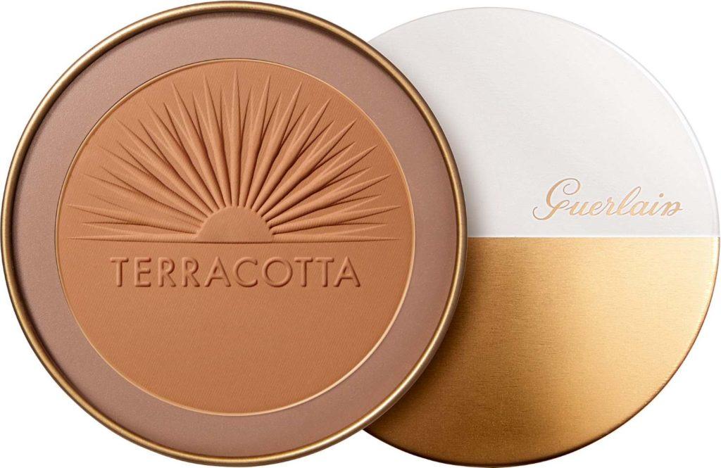 Guerlainin Terracotta Ultra-Matte Bronzing Powder.