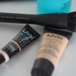 Vinkkejä kestävään ja peittävään meikkipohjaan