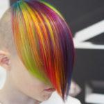 Saako lapsen hiuksia värjätä?