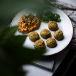 Ihanaa arkiruokaa: falafelit ja paprikahummus